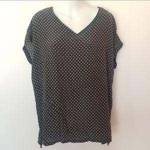 🌸3/$15 Uniqlo 100% Silk Blouse